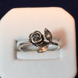 James Avery Sterling Silver Small Rose Ring Size 5